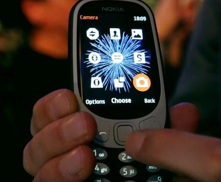 """Nokia 3310 """"Das Nokia 3310 frisch vorgestellt von Curved bei einem Hands-On"""""""