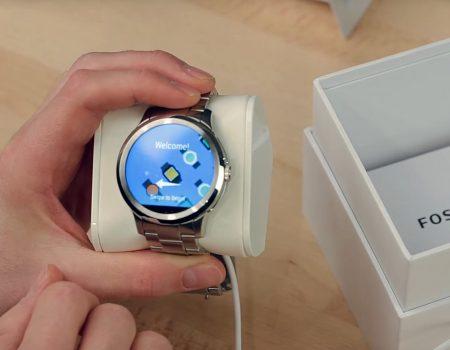 """Fossil Q Founder """"Unboxing der Smartwatch von Fossil in Zusammenarbeit mit Google und Intel bei TechStage"""""""